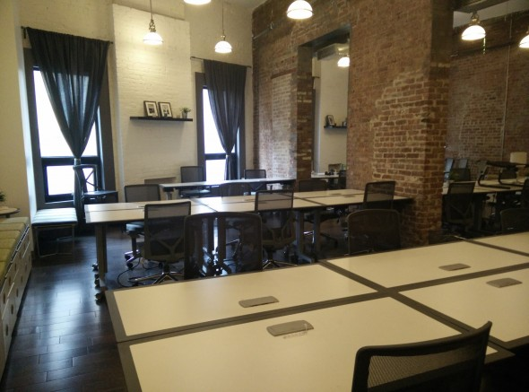 The Pros And Cons Of A Coworking Space